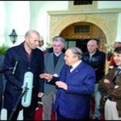 Bouteflika et ses frères reçoivent Zidane