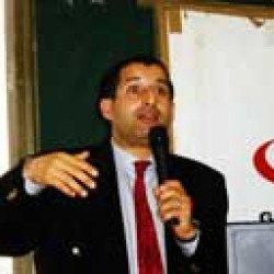 Docteur Mekki Yahia. Biologiste, chef de service sérologie virale «Le sida, un risque réel pour l'Algérie »