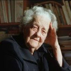 « Elle a sauvé 265 hommes de la guillotine »  Hommage à Germaine Tillion par Yacef Saadi