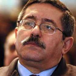 Le désormais ex-Premier ministre nourrit des ambitions présidentielles  Ouyahia, «Bourourou» ou phénix ?