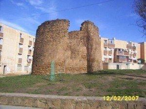 Une ville, une histoire Le chien de Rabéa    dans Abdenour Fayçal medea-300x225