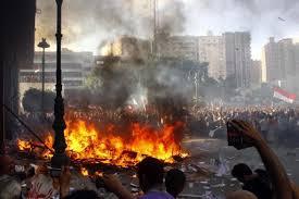 Les contraintes économiques vont ramener les Egyptiens à la raison par Reghis Rabah * dans Contributions egypte